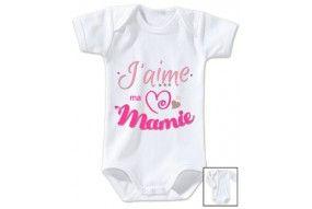 Body de bébé j'aime ma mamie triple cœur fille
